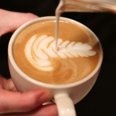 L 10 Workshop Latte Art - Zaterdag 11 juli - Aanvang 13:30 uur - Boot Koffie Winkel Baarn